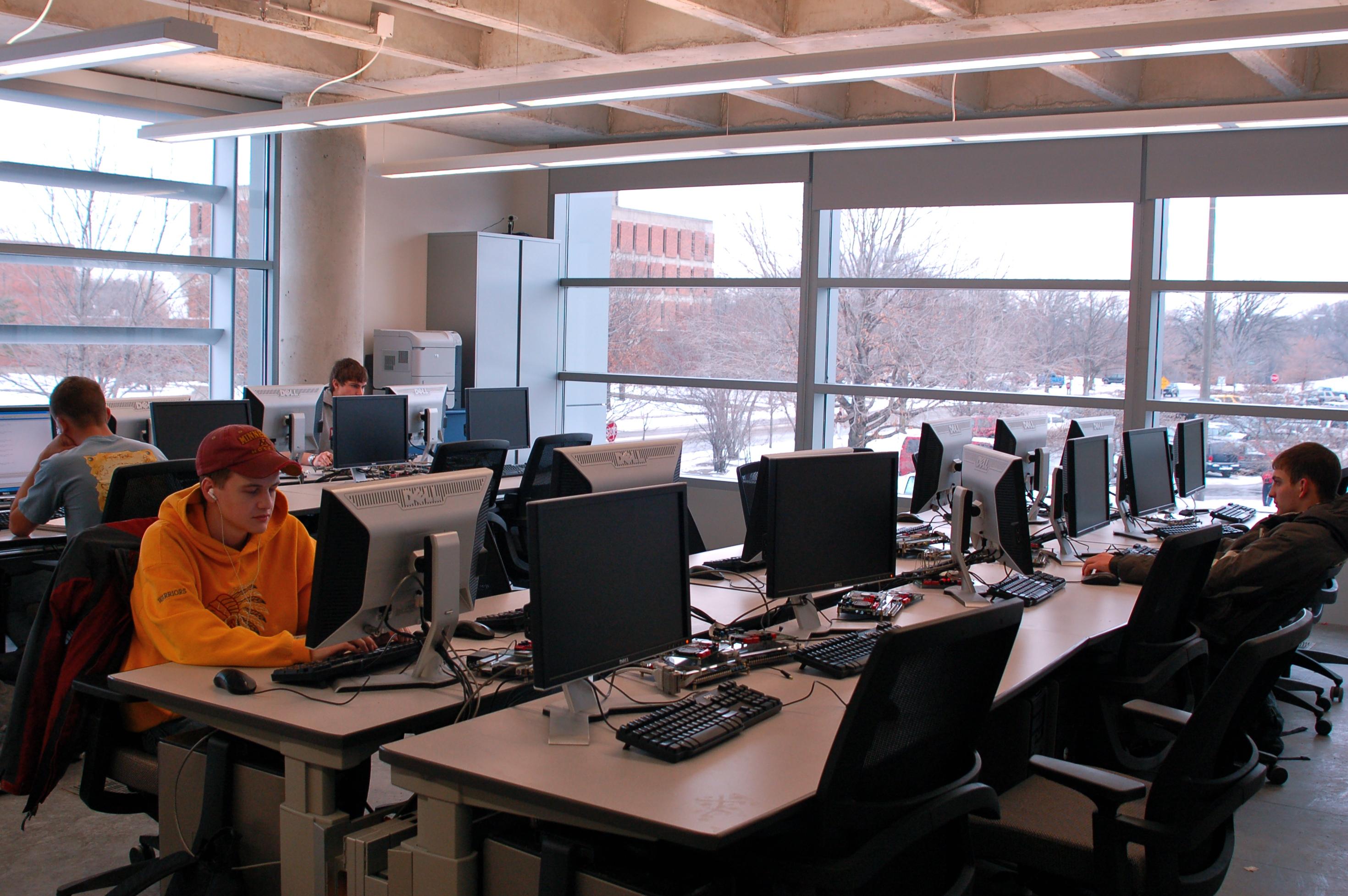 undergraduate computing laboratories  u2022 electrical and computer engineering  u2022 iowa state university